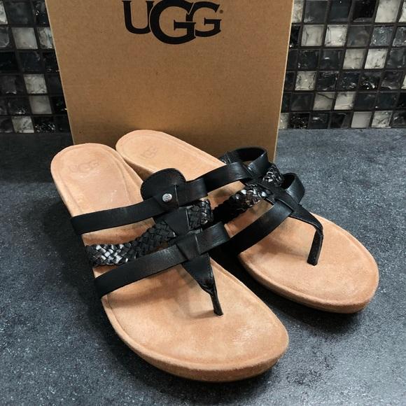 2c1cd8e0b4f UGG maddie wedge sandals NWT